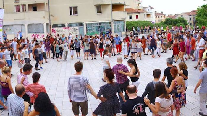 Initiation Lindy Hop et Bal Swing