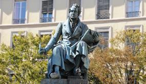 Statue d' André-Marie Ampère - Bronze - Place Ampère - 2e arrondissement Lyon